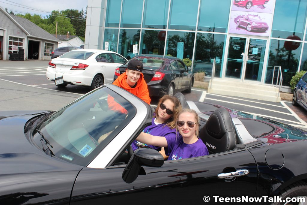 Cars R Us Sackville >> My First Car Sales Team What 2 Look 4 When Buying A Car